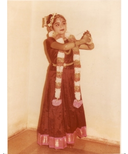 Bharatanatyam dancer Shoba Sharma, a relative of Ms. Venkatraman, who inspired the main character